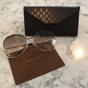 Gucci Sunglasses GG2846